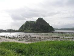 P20036033640	Dumbarton Castle rock.