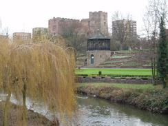 P2004C153053	The River Anker and Tamworth Castle.