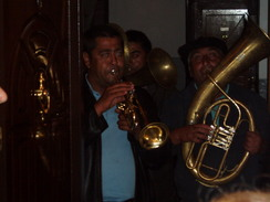 P20067010024	The brass band in the flat.