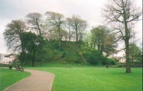 L13	Barnstaple Castle Mound.